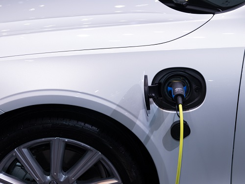 Electric Cars Allowed in Bus Lanes (Pilot)
